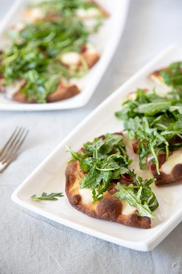 Prosciutto Pizza with Arugula