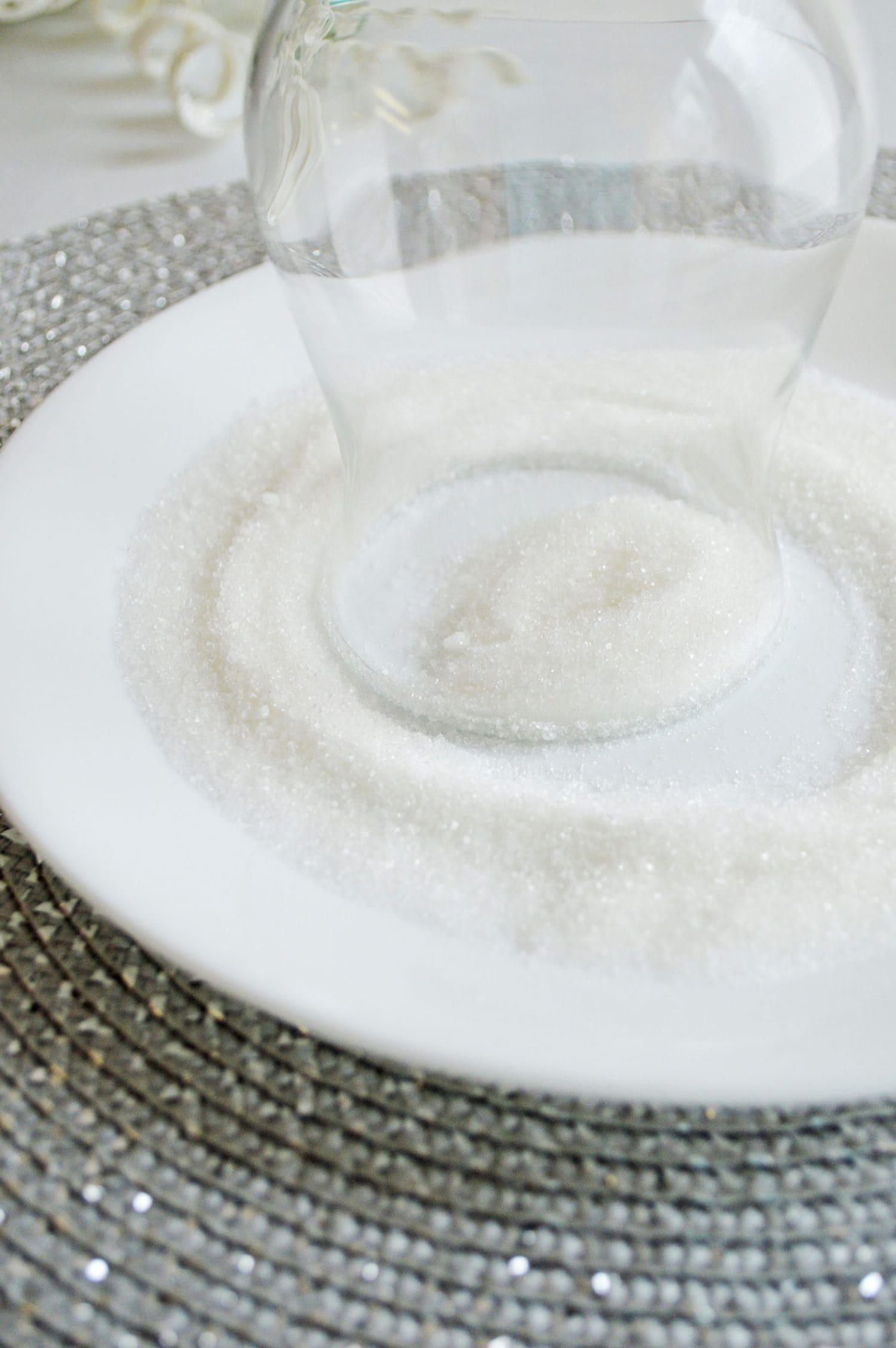 Dip rim in sugar