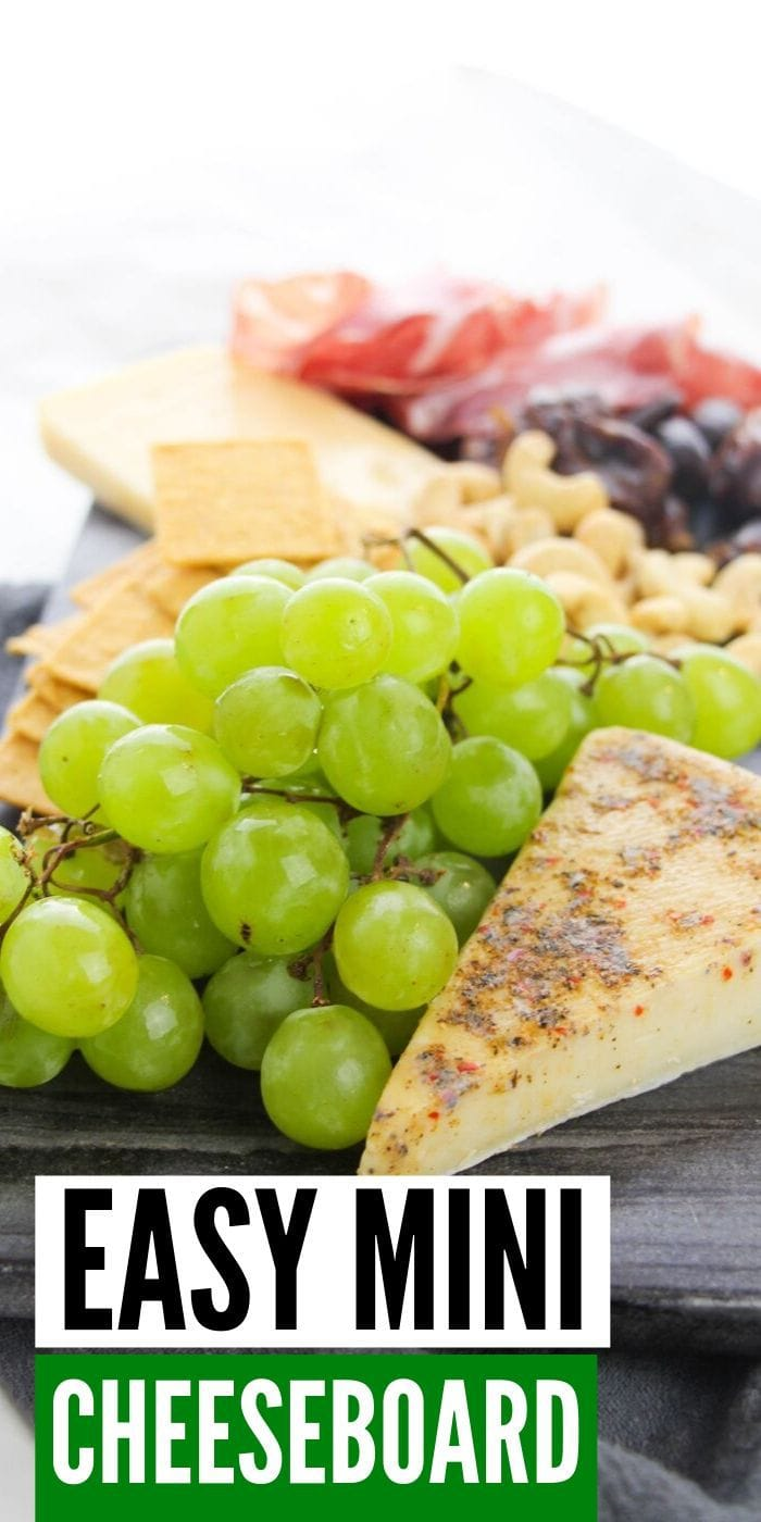 Delightful & Easy Mini Cheeseboard | Cheeseboard Ideas | Easy Cheese Plate Ideas| How to Make a Cheeseboard | Cheeseboard for Wine Night | Easy Party Cheeseboard | #cheeseboard #wine #cheeseandwine #snacks #snacktray