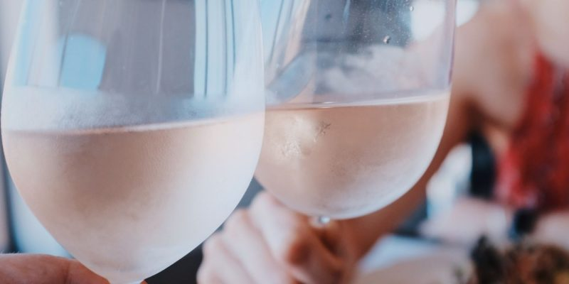 HowtoHostaRoseWineParty | Hosting a Wine Party | Wine Party | How to Have the Best Wine Party | Rose Wine Party | #winenight #wine #party #rosewine