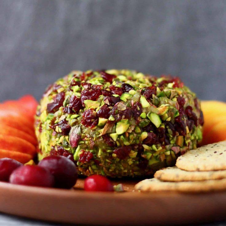 Vegan Cashew Cheese Ball