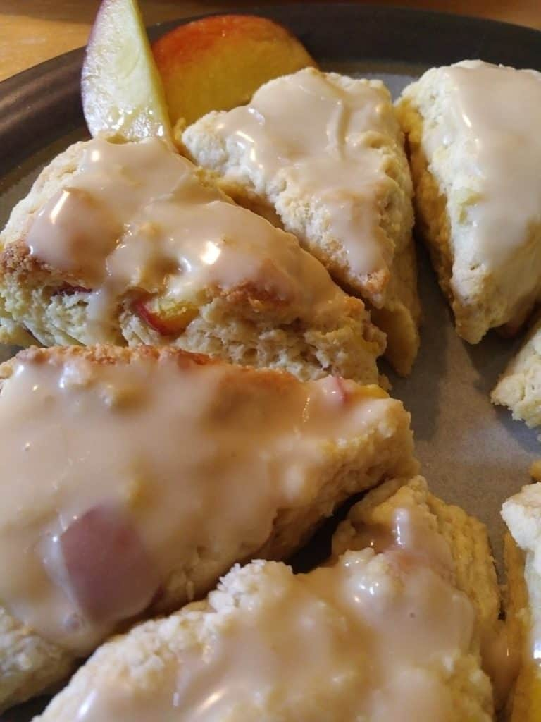 Mini Peach Scones with Vanilla Glaze