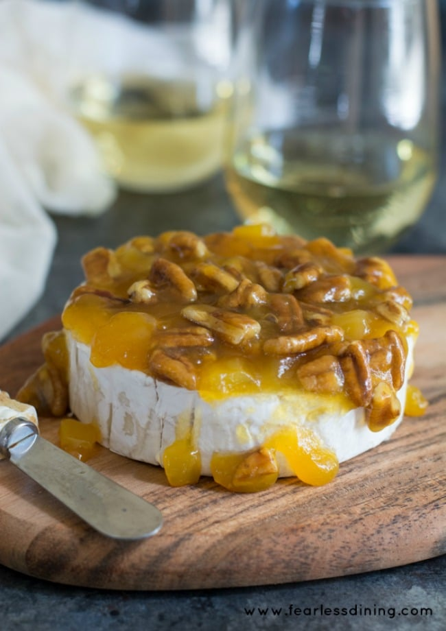 Quick And Easy Mango Pecan Brie