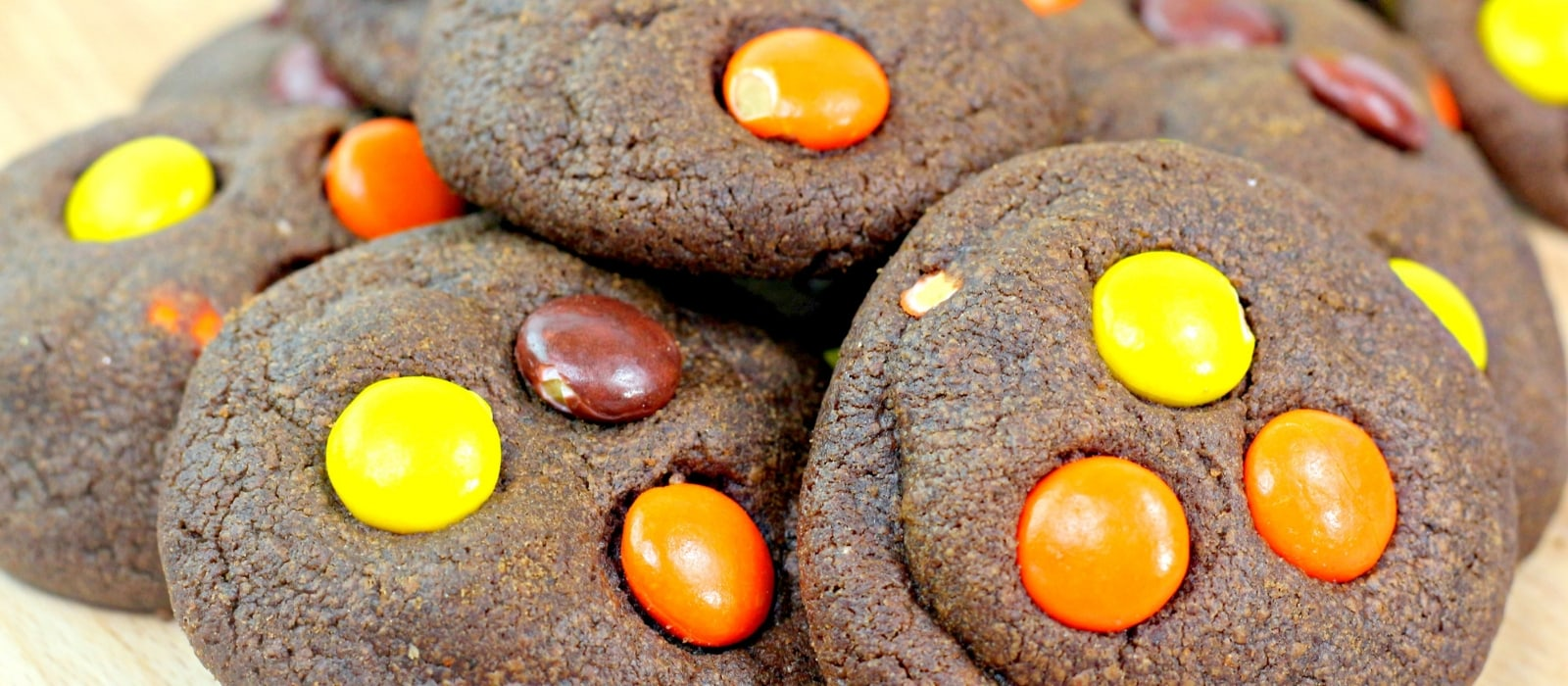 Scrumptious Kahlua Cookies| Adult Only Cookies| Cookies for Adults| Cookies You Don't Have to Share with the Kids| Kahlua Cookies| Boozy Cookies| #cookies #boozycookies #notforkids #kahlua