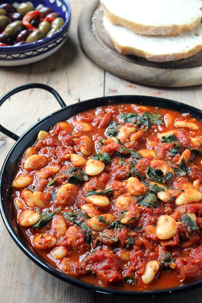 Tomato Based Dishes To Pair With Chianti - Spanish Beans with Tomatoes