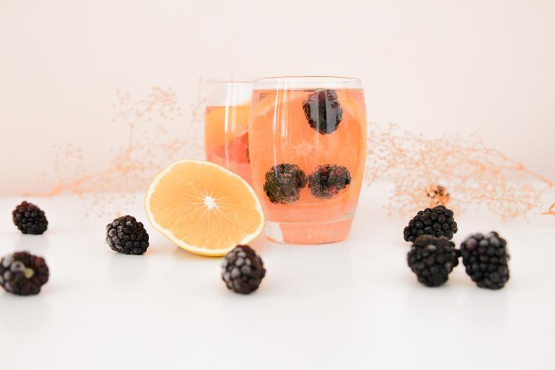 blackberry rose wine and vodka sangria cocktail