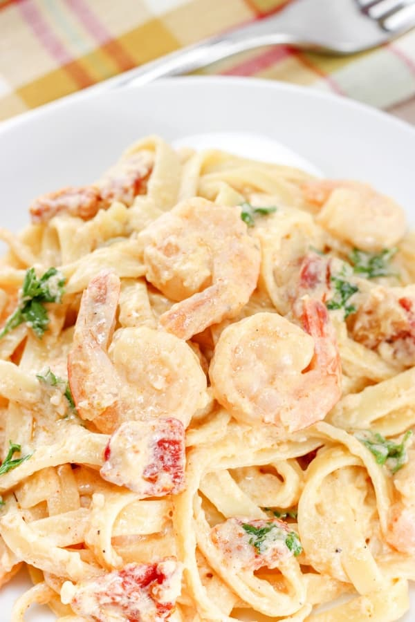 California Chardonnay wine pairing tip - Creamy Shrimp Pasta With Sundried Tomatoes