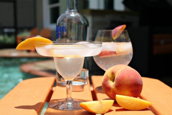 Sparkling Peachade Vodka Cocktail