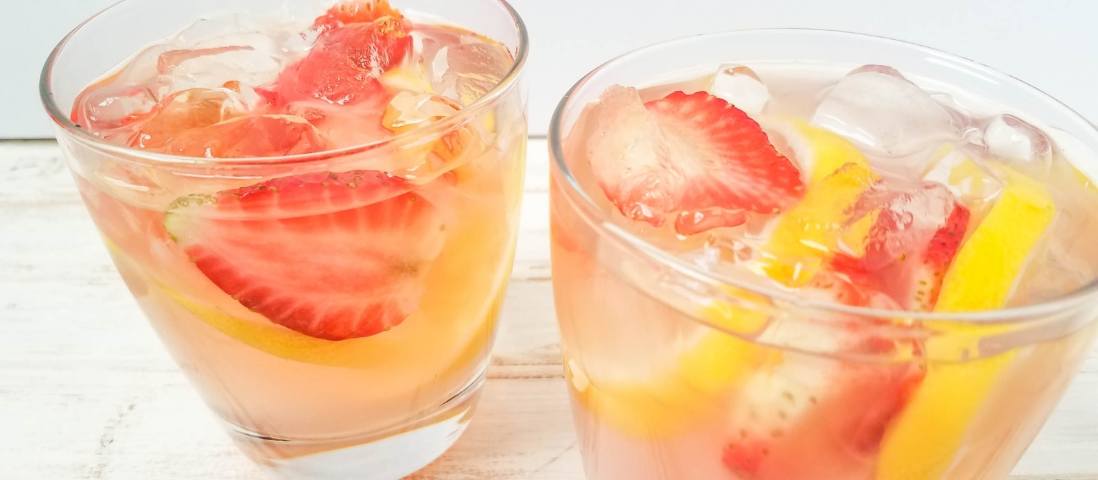 Pink Lemonade Moscato Alcholic Lemonade Cocktail Recipe