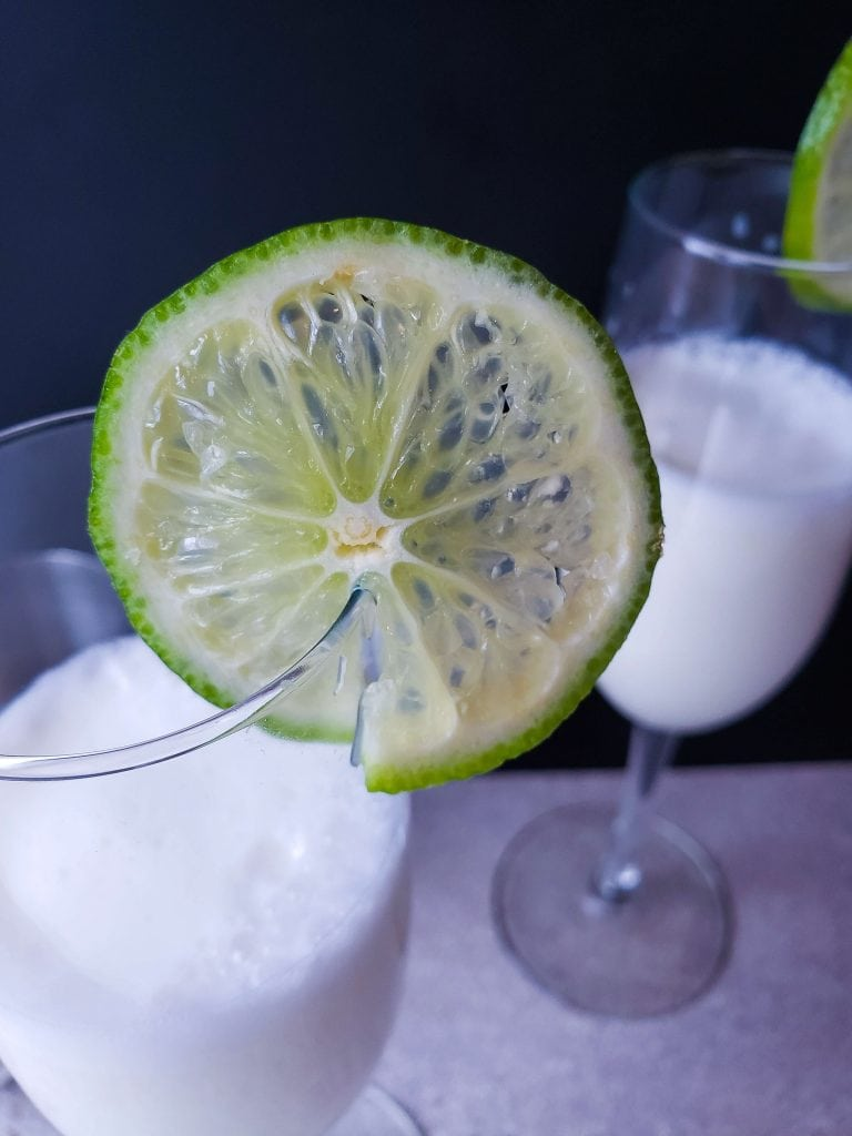 Creamy Margarita Cocktail Recipe - close up of lovely lime round garnish