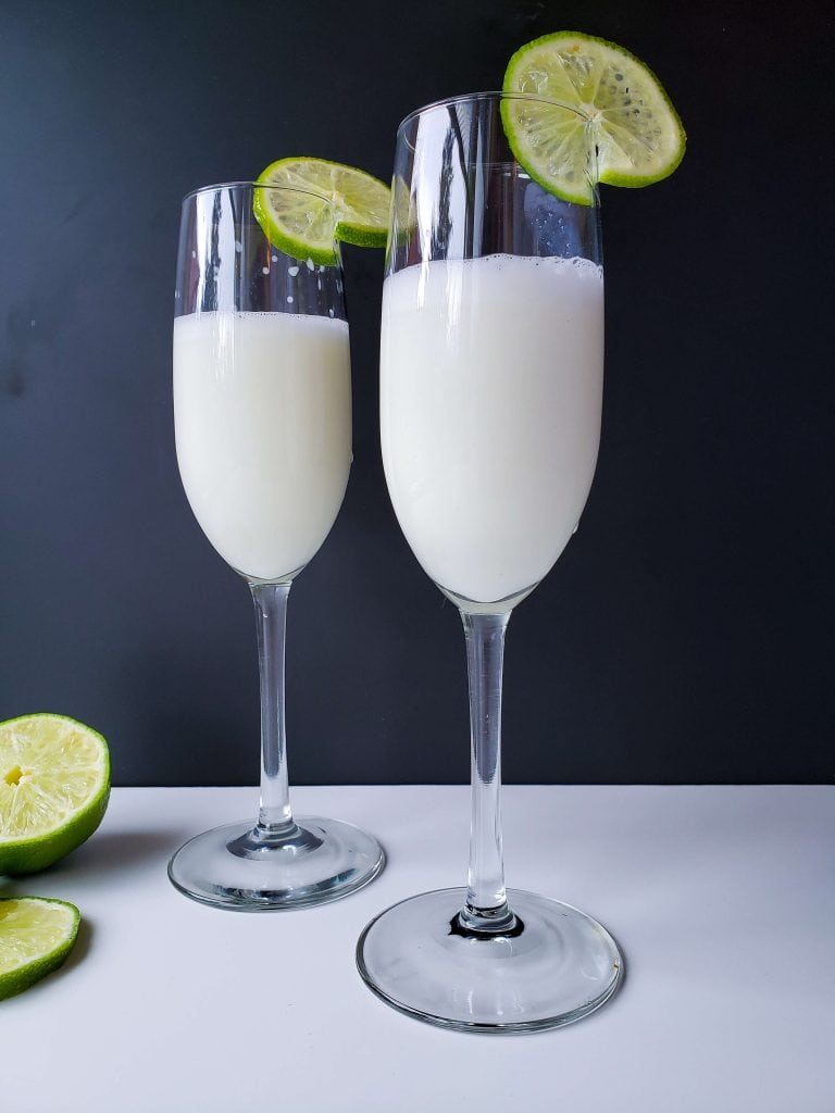 Creamy Margarita Cocktail Recipe - serve with fresh lime rounds