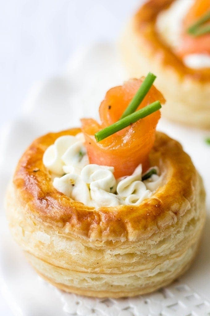 Smoked Salmon & Cream Cheese Vol au Vents - Smoked Salmon Appetizer Recipes for a Wine Tasting Party