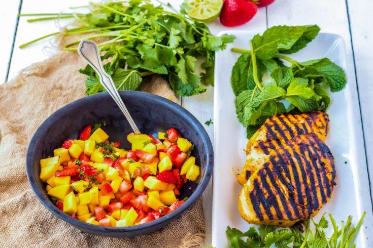 Mango Salsa Recipe with Strawberry and Mint