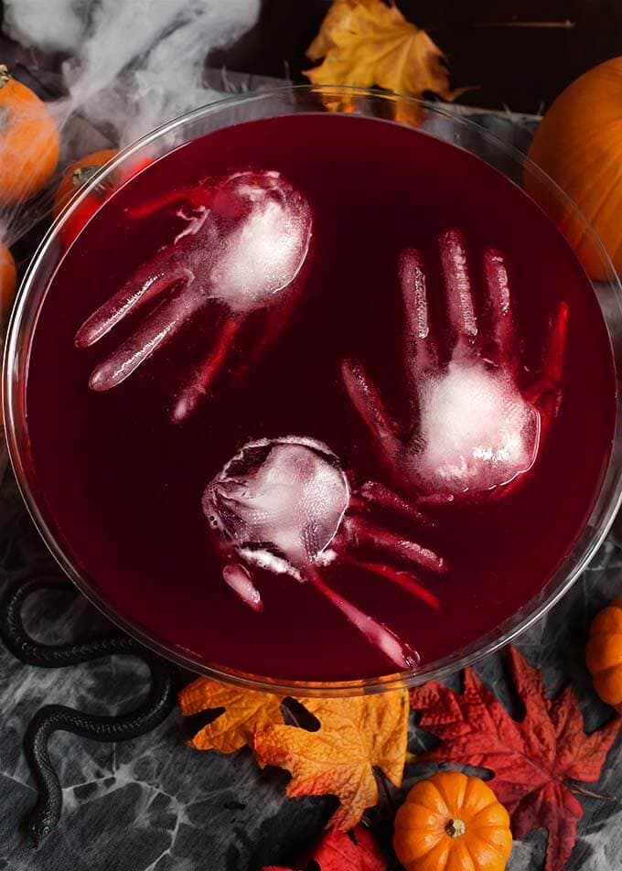 Spooky Halloween Cocktail Recipe - Spooky Halloween Punch